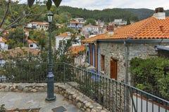XANTHI GRECJA, WRZESIEŃ, - 23, 2017: Typowa ulica i stary dom w starym miasteczku Xanthi, Wschodni Macedonia i Thrace, Zdjęcie Royalty Free