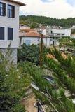 XANTHI GRECJA, WRZESIEŃ, - 23, 2017: Typowa ulica i stary dom w starym miasteczku Xanthi, Wschodni Macedonia i Thrace, Obraz Royalty Free