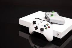 Xbox一个X是最强有力的一代控制台 库存照片