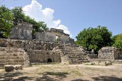 在Xcaret公园的玛雅废墟 免版税库存图片