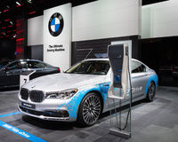 2016 xDrive BMW 740e Stock Afbeeldingen
