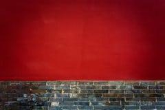 XI `红色古城围住的Guangren寺庙古老中国建筑学 免版税库存照片