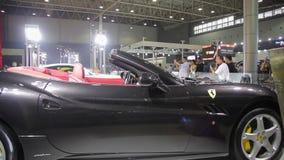 Xi'an China, - 30 de septiembre de 2013:- sal?n del autom?vil de Macao, almacen de video