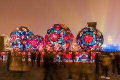 Xi'an, Chine - 13 f?vrier 2019 La foule ? la tache sc?nique pour c?l?brent le festival de printemps chinois photo stock
