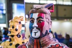 XI. Chiny, Mar ?, - 30, 2019 clorful wojsko Terakotowi wojownicy i konie w expo zdjęcia stock