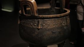 XI ?Kina-Maj 30 2012: Kinesisk forntida sk?rm f?r kulturell relik i det Shaanxi museet lager videofilmer