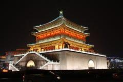 Xi'an Klocka torn på natten Royaltyfri Bild