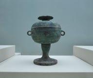 Αρχαίο βάζο χαλκού στο μουσείο Xian πολεμιστών τερακότας Στοκ εικόνες με δικαίωμα ελεύθερης χρήσης