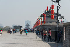 XIAN, CHINA - OCT 23 2014: Visitor at City Wall of Xi'an. a famo Stock Images