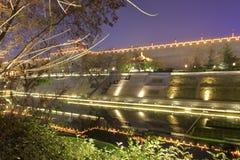 xian circumvallation夜视域的Beaitiful护城河 免版税库存图片