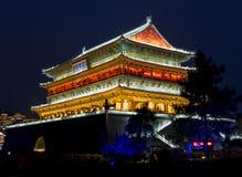 Xian Drum-Turm nachts Stockfoto