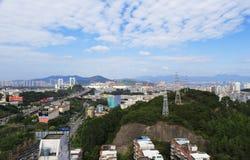 Xianyueshan小山和haicang桥梁, amoy城市,瓷 图库摄影