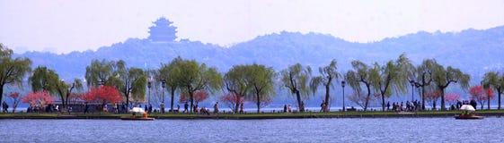 Il lago ad ovest in primavera Fotografia Stock