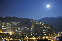 Xijiang Miao少数民族村庄晚上场面  免版税库存照片