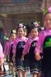 Xijiang Miao Village Festival Girls Perform rosa färger royaltyfri bild