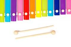 Xilofono dello strumento musicale dei bambini isolato su fondo bianco Fotografia Stock