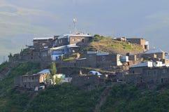 Xinaliq, Αζερμπαϊτζάν, ένα μακρινό ορεινό χωριό στη μεγαλύτερη σειρά Καύκασου Στοκ Φωτογραφίες