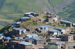 Xinaliq, Aserbaidschan, ein Fernbergdorf in der größeren Kaukasus-Strecke Stockbilder