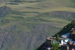 Xinaliq, Aserbaidschan, ein Fernbergdorf in der größeren Kaukasus-Strecke Lizenzfreie Stockfotografie