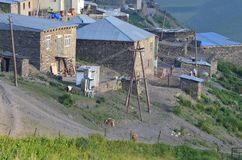 Xinaliq, Azerbaïdjan, un village de montagne à distance dans la chaîne plus grande de Caucase Photographie stock libre de droits