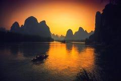 Xingping και ο χρυσός ουρανός στοκ εικόνες