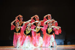 Xinjiang ethnic dance: to set off your hijab Royalty Free Stock Images