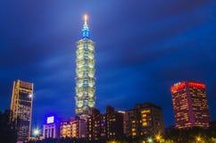 Xinyidistrict en Taipeh 101 Wolkenkrabber, werden het gebouw officieel geclassificeerd als wereld het langst in 2004 tot 2010 royalty-vrije stock afbeeldingen