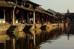 XiTang vattenby - enkel uppehälle - Asien gammal stad Arkivbild