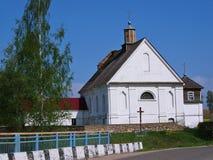 XIX世纪白色教会  免版税库存图片