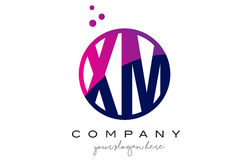 XM X M Circle Letter Logo Design avec Dots Bubbles pourpre Photos stock