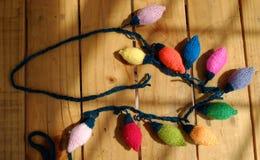 Xmas装饰品,被编织的圣诞灯 库存照片