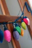 Xmas装饰品,被编织的圣诞灯 免版税库存图片