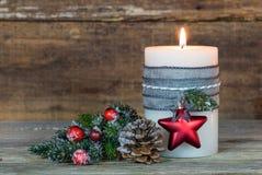 xmas подарка украшения рождества свечки предпосылки золотистый Стоковая Фотография