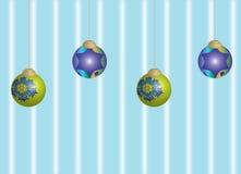 xmas baubles шариков предпосылки голубой Стоковые Фотографии RF