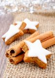 Xmas cinnamon cookies Royalty Free Stock Images