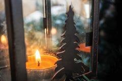 xmas för gåva för garnering för bakgrundsstearinljusjul guld- Arkivbilder