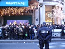 Xmas shopping fever in Paris, France Royalty Free Stock Photography