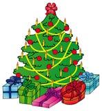 Xmas-tree med gåvor Royaltyfria Bilder