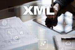 XML Sieć rozwój Interneta i technologii pojęcie Obrazy Royalty Free