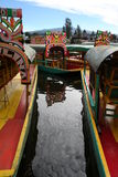 xochimilco Мексики colorfull шлюпок Стоковая Фотография