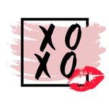 XOXO abbraccia ed i baci spazzolano l'iscrizione ed il bacio del rossetto su un fondo bianco Vettore illustrazione vettoriale
