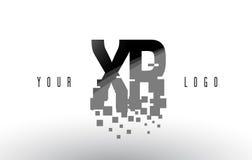 XR x logo de lettre de pixel de R avec les places noires brisées par Digital Photo stock