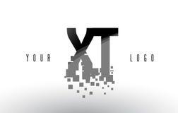 XT x logo de lettre de pixel de T avec les places noires brisées par Digital Photo libre de droits