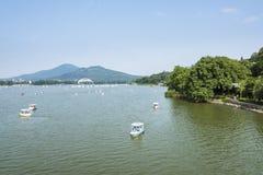 Xuanwu jezioro i Purpurowa góra Zdjęcie Stock