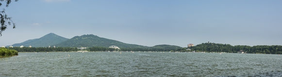 Xuanwu jezioro i Purpurowa góra Fotografia Stock