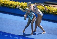 黄Xuechen和太阳Wenyan队中国任意竞争在花样游泳二重奏里约的惯例初阶期间2016年 免版税库存照片