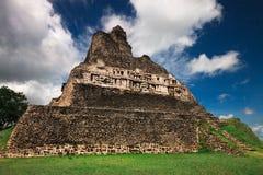 Xunantunich pyramid Belize Fotografering för Bildbyråer