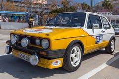XV集会肋前缘Brava历史的赛车在一个小镇Palamos在卡塔龙尼亚 04 20 2018年西班牙,镇Palamos 图库摄影