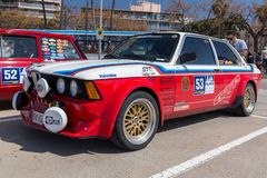 XV集会肋前缘Brava历史的赛车在一个小镇Palamos在卡塔龙尼亚 04 20 2018年西班牙,镇Palamos 免版税库存照片
