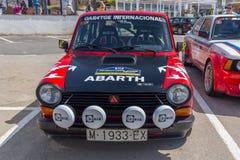 XV Zlotnego Costa Brava Historyczna samochodowa rasa w miasteczku Palamos w Catalonia 04 20 2018 Hiszpania, grodzki Palamos Fotografia Stock